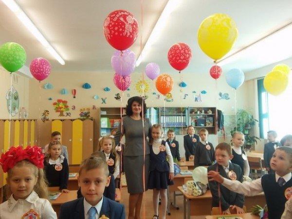 Столичные школы проводят официальные мероприятия к началу учебного года по третье сентября включительно