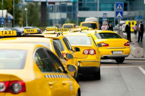 Хотел как лучше – вышло как всегда: Собянин признал, что в Москве такси быстрее «скорой помощи»