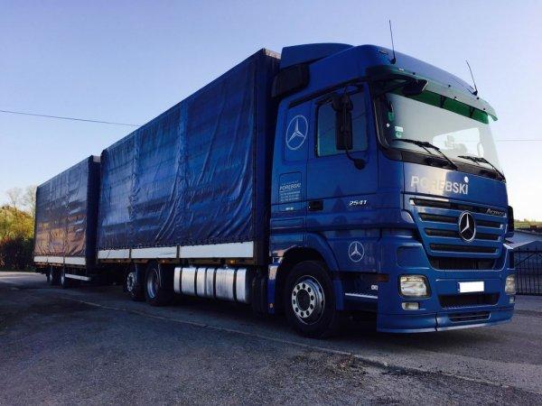 На российском авторынке начались продажи новых грузовиков Mercedes-Benz