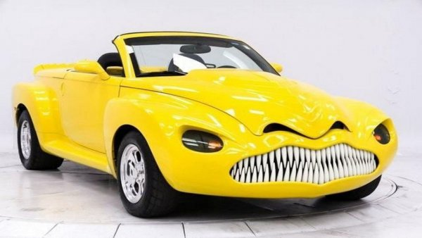 В интернете представили Chevrolet SSR из «ночных кошмаров» Стивена Кинга