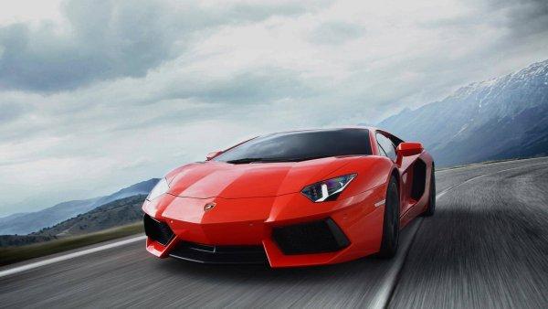 Эксперты назвали ТОП-10 самых дорогих авто, доступных для аренды