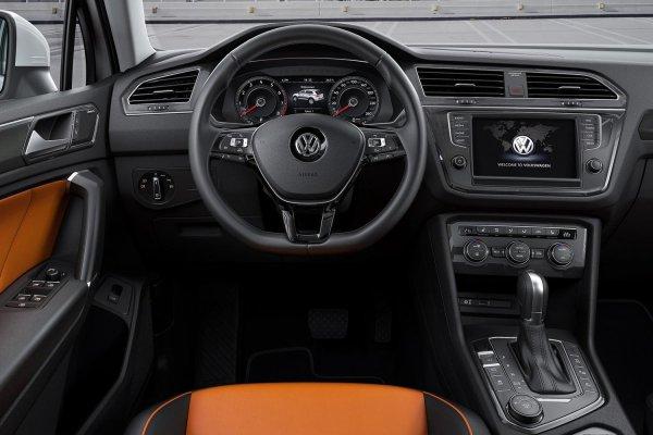 Потекла крыша: О минусах Volkswagen Tiguan рассказал блогер