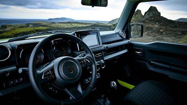 «Мини-Гелик из Японии»: Россияне в сети признались, что с нетерпеньем ждут Suzuki Jimny