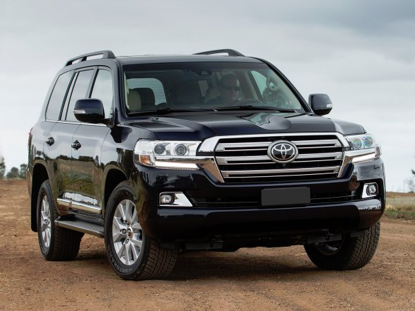 «Крузак» загорелся: О «вечной» проблеме тормозов Toyota Land Cruiser рассказали эксперты