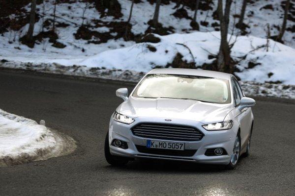 «Американская Камри» за 900 000 рублей: О выборе подержанного Ford Mondeo рассказал эксперт