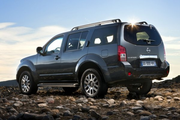 Альтернатива Prado 120: О внедорожнике Nissan Pathfinder рассказал эксперт