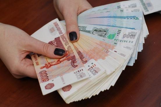 В Тюменской области сотрудница почты оплачивала кредиты похищенными из кассы деньгами