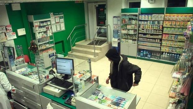 Тюменец ограбил аптеку, когда ему отказались продавать лекарства без рецепта