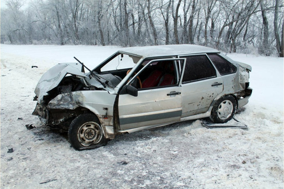 Тюменец, решив проверить тормоза своей машины перед продажей, устроил массовое ДТП
