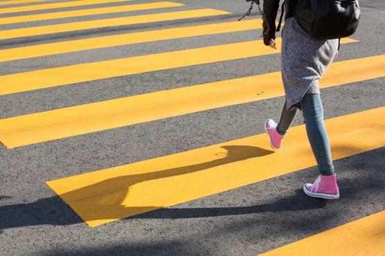 В Тюмени водитель маршрутки не заметил девочку и сбил ее