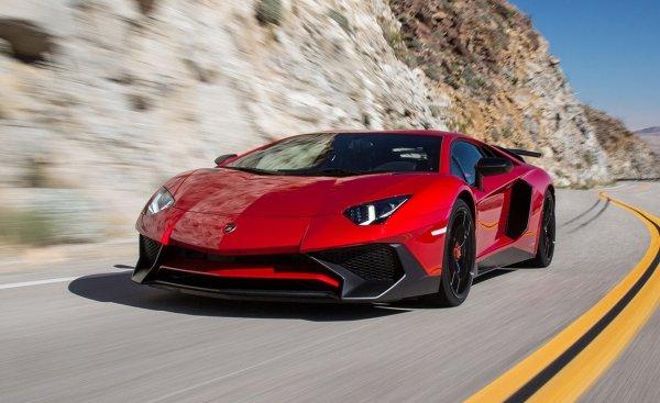Названы дорогие автомобили, предлагаемые в прокат