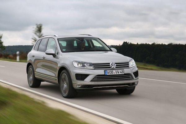 «Переоценили возможности обоих!»: Volkswagen Touareg и «Шниву» сравнили на серьёзном зимнем бездорожье