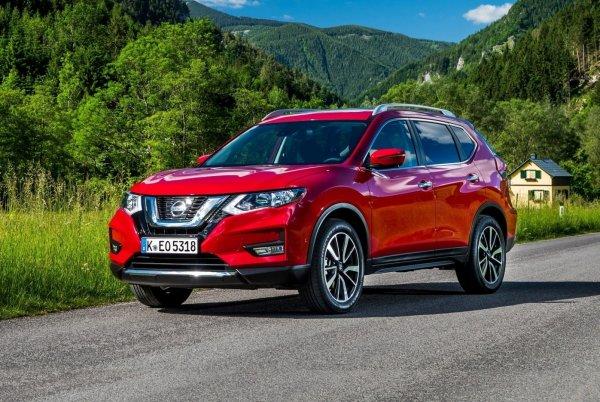 «Икстрейл против Туссана»: О выборе между Nissan X-Trail и Hyundai Tucson рассказали в сети.