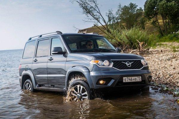 Как избежать «потопа» в багажнике УАЗ «Патриот» после мойки, рассказал блогер