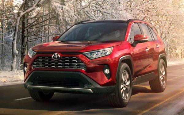 «Продавайте ваши Тигуаны!»: О новом Toyota RAV4 2019 восхищённо рассказал обзорщик