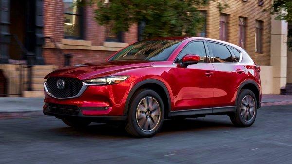 Дизель или бензин: Эксперт сравнил две версии Mazda CX-5