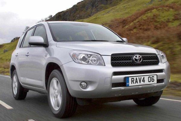 17-летний «Равчик» за 430 тысяч: Эксперт доказал, что купить идеальный Toyota RAV4 возможно