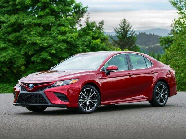 «Не верить блогерам»: Об американской версии новой Toyota Camry высказался владелец