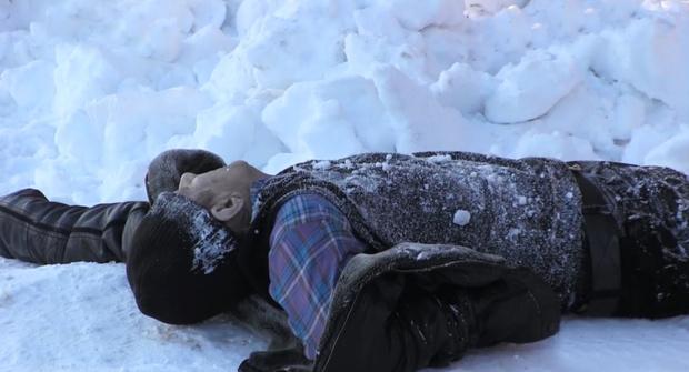 Тюменцы спасли мужчину, который через каждые три шага падал и терял сознание