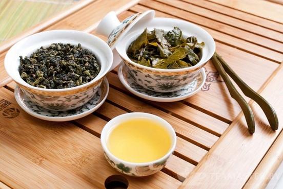 Ученые нашли чай, останавливающий развитие рака груди