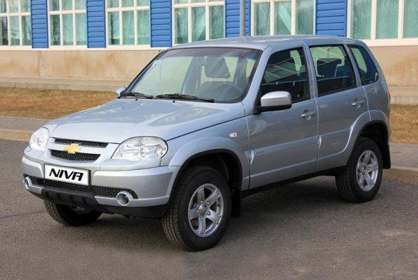 «Шнива» уделала «Ниву»: В сети рассказали, чем Chevrolet Niva лучше LADA 4x4
