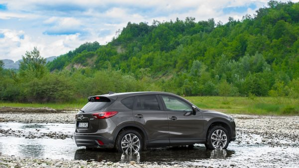 «Скучная, но надёжная»: Стоит ли покупать Mazda CX-5 с пробегом – эксперт