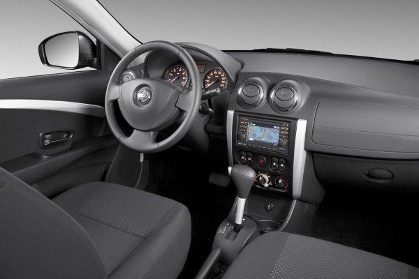«Лимузин для нищих»: О плюсах и минусах Nissan Almera рассказал таксист