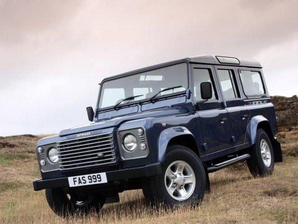 «Взорвал мозг»: Эксперт поделился впечатлениями от «УАЗика за $70 000» – Land Rover Defender 110