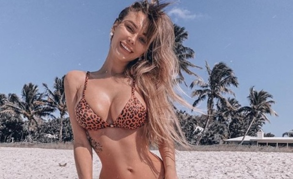 Российская модель рассказала о красоте своего пупка