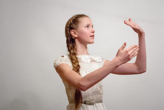 Тюменцев зовут на бесплатный концерт жестового пения