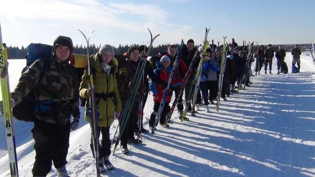 Отвалилась подошва: тюменцы рассказали, как прошли на лыжах 60 километров