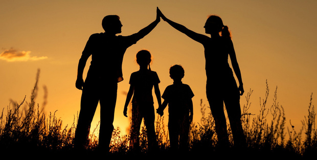 В Тюменской областной думе обсудили тему сохранения семьи