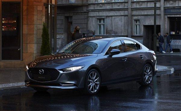 «Страшный сон европейского автопрома»: Эксперт протестировал новую Mazda 3 с «внешностью фотомодели»