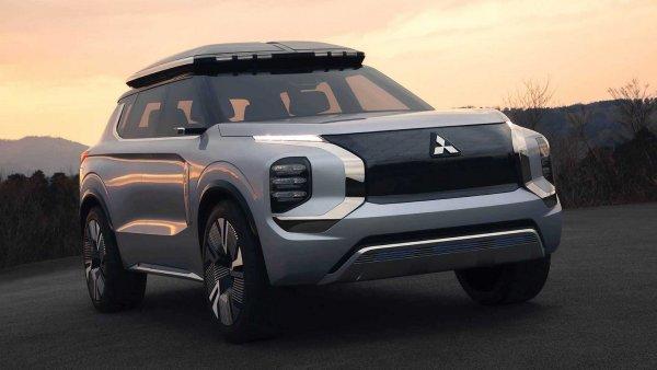 «Такого крутого Митсу я не ожидал!»: Будущий Mitsubishi Outlander покорил обзорщика