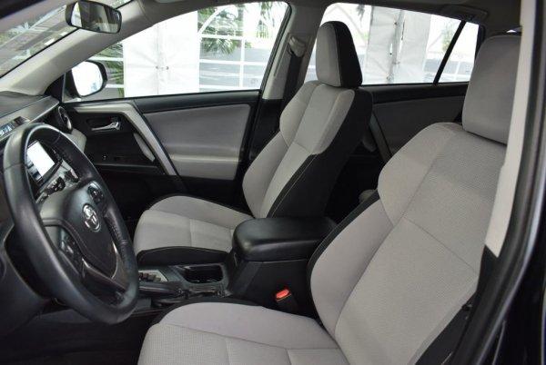 Как найти 10-летнюю Toyota RAV4 в хорошем состоянии: Эксперт рассказал секреты осмотра автомобилей
