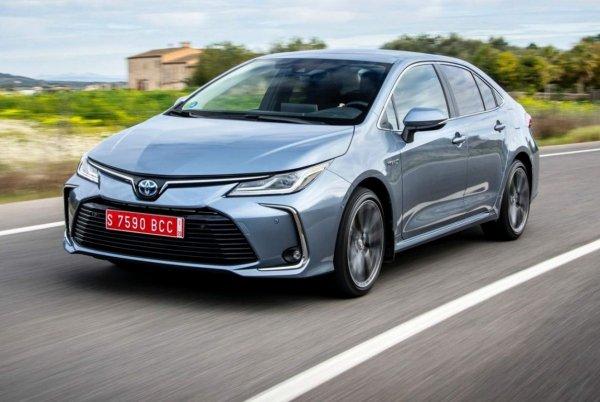 Очередной бестселлер или конец эпохи: Блогер поразмышлял над новой Toyota Corolla 2019