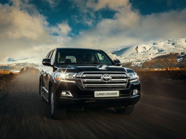«Страшный сон»: Самый небезопасный Toyota Land Cruiser 200 шокировал механика