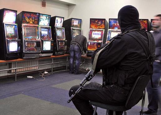 В Тюменской области две женщины организовали подпольное казино под видом