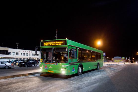 В Тюмени водители автобусов не вылазят из-за руля по 16 часов