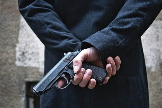 Ехал к сыну в Тюмень. Мужчина попытался привлечь к себе внимание стрельбой в вагоне-ресторане
