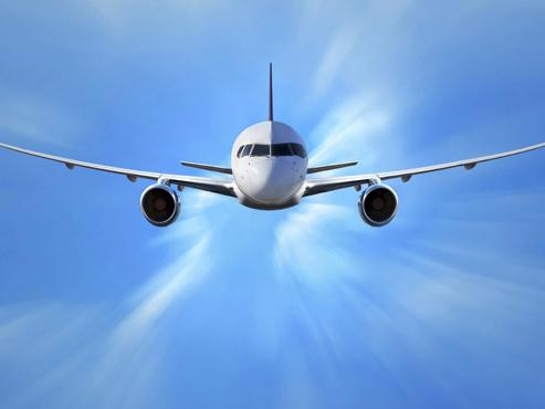 Самолет из Тюмени не смог приземлиться с первой попытки из-за уборки снега