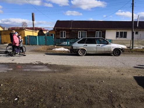 В Тюменской области подросток на легковушке сбил велосипедиста