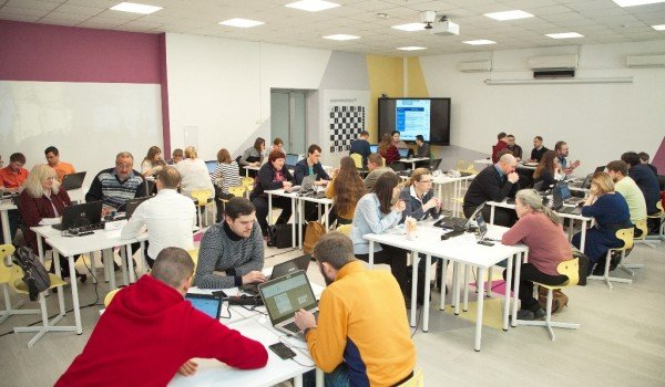В столице в финал олимпиады по информатике вышли 30 учителей