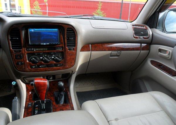 Мифы о «Сотке»: Какими проблемами может обернуться покупка Toyota Land Cruiser 100, рассказал эксперт