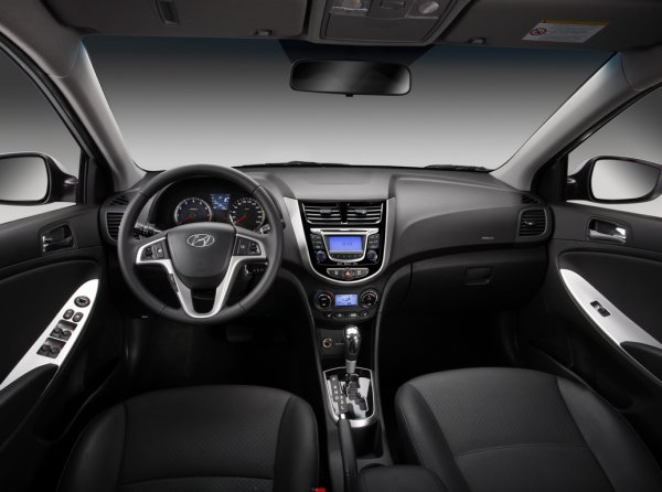«Чистота – залог здоровья»: Как самостоятельно дезинфицировать кондиционер Hyundai Solaris показал блогер