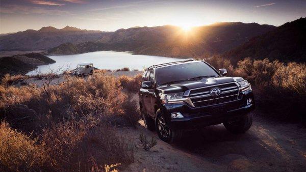 «Не вялый, но и не спринтер точно»: Главные претензии к Toyota Land Cruiser 100 высказал владелец