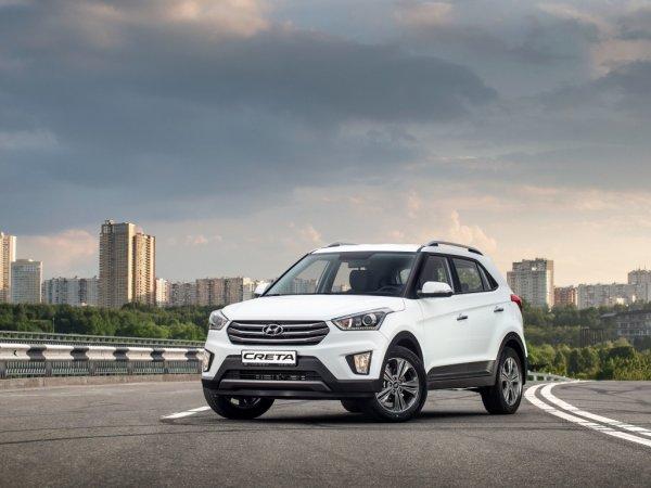 «Похожа на пенсионерский утюг»: Чем Hyundai Creta хуже Renault Kaptur, объяснили в сети