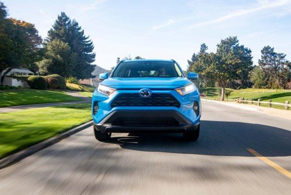 «Такое иногда случается, чудес не бывает»: Проблемы дизельного Toyota RAV4 раскрыл эксперт