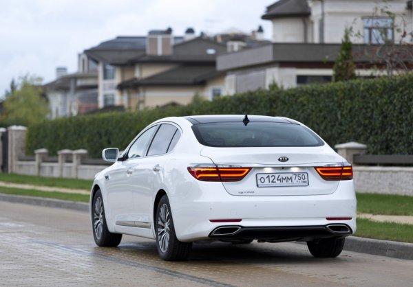 «Автомобиль для прагматиков»: KIA Quoris со «вторички» похвалил в сети блогер