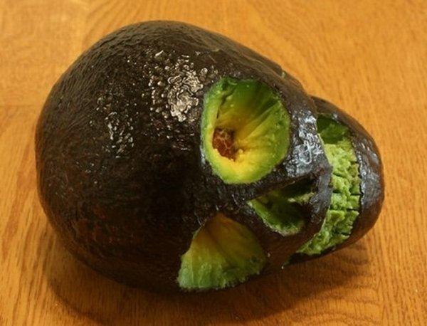 Трагедия для «фитоняшек»? Авокадо оказался экологически вредным фруктом